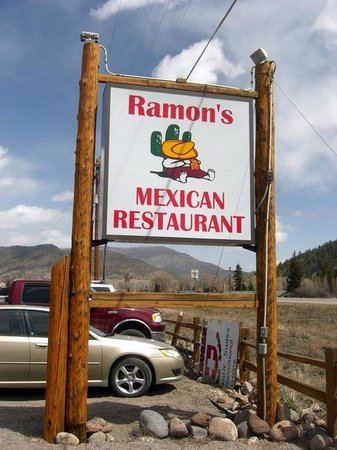 Ramon's: Roadside sign