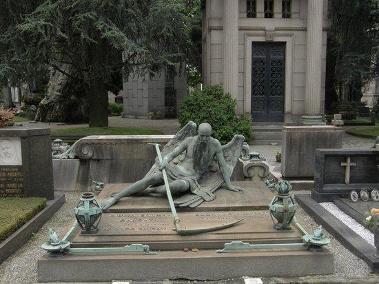 Angel - Picture of Monumental Cemetery, Milan - TripAdvisor
