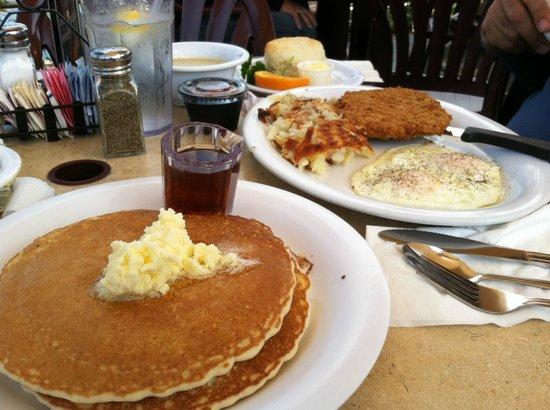 Schooner or Later : Breakfast is served