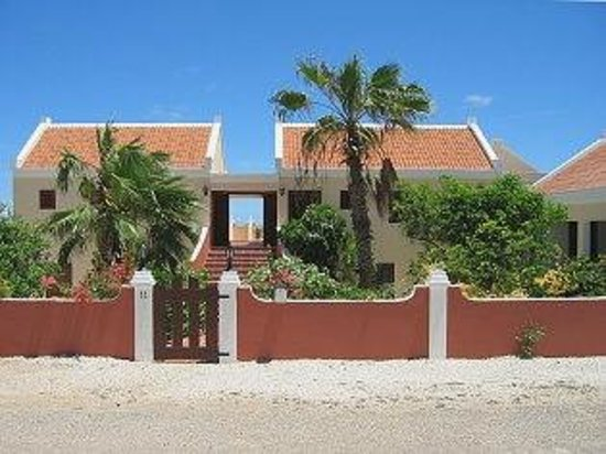 Villa Safir B&B