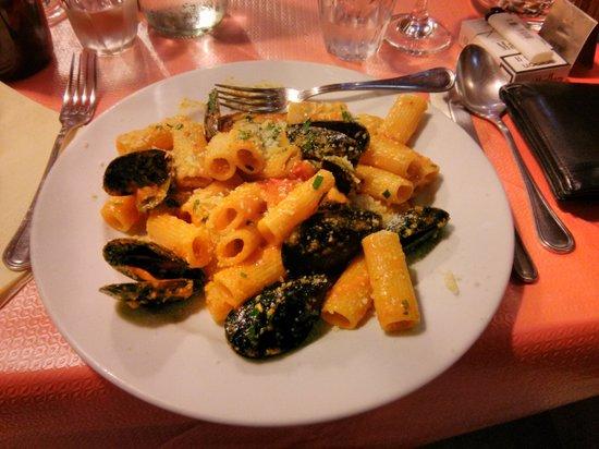 Eat Italiano: Rigatoni Perla Nera