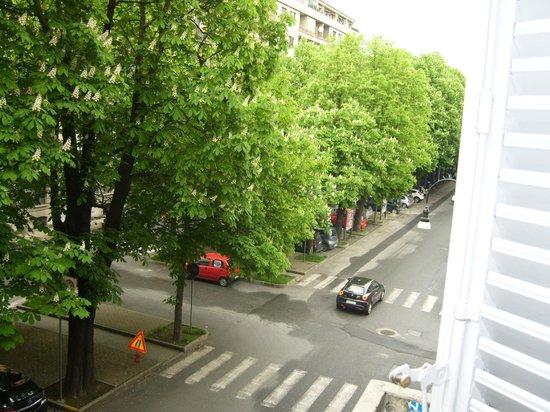 Hotel Antico Distretto: via valdocco dal balcone della camera