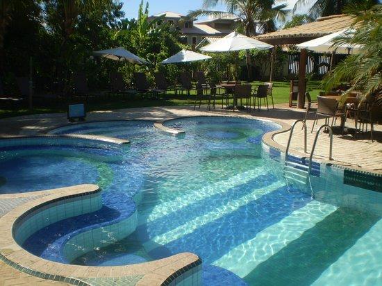 Hotel Via dos Corais: piscina hotel