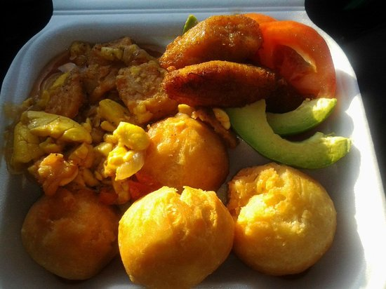 Del-Mel Restaurant: Ackee and Saltfish with fry dumplings