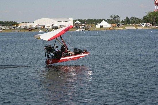 Taking off in the Krucker Cygnet Amphibious Trike - Picture of Sky