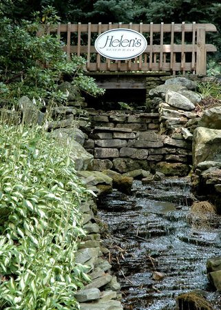 Helen's Fine Dining: The waterfall at Helen's