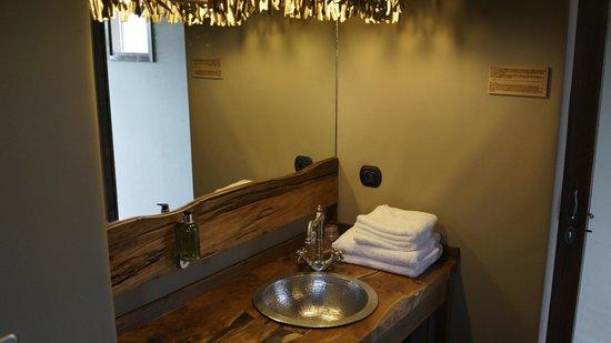 les lodges du pal dompierre sur besbre frankrijk foto 39 s reviews en prijsvergelijking. Black Bedroom Furniture Sets. Home Design Ideas