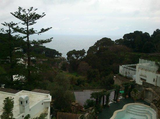 Hotel La Floridiana: vista desde la habitacion. Dia lluvioso