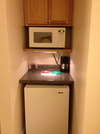 The Acorn Inn of Elon: In-room refrigerator, microwave and coffee maker