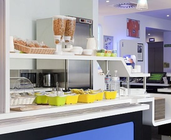 Ibis Budget Alicante Desayuno