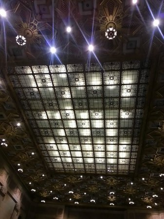 Houston Urban Adventures: beautiful ceiling inside JP Morgan Chase