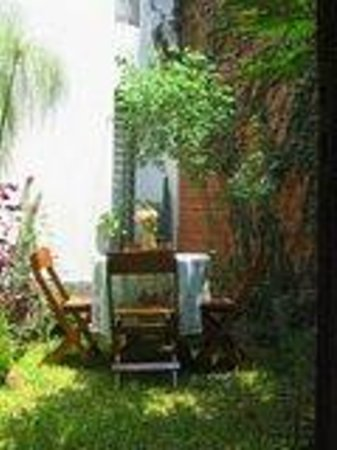Bed & Breakfast de Kike: small private patio exclusively for guests