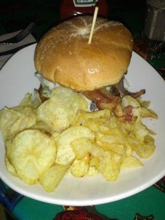 Rainforest Cafe: burger