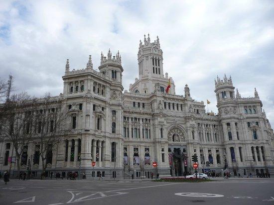 Hotel Atlantico: Palacio de Cibeles - hôtel de ville