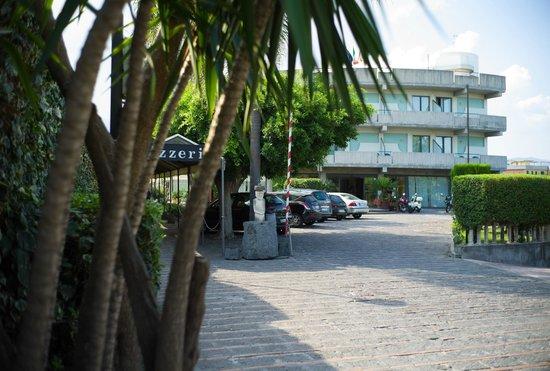 Mascali, Italy: Ingresso hotel