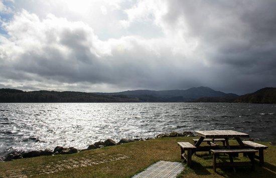 Venachar Lochside: View accross Loch Venachar