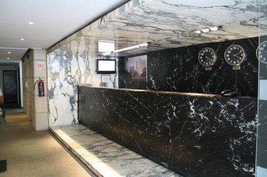 Hotel Del Angel: Recepción