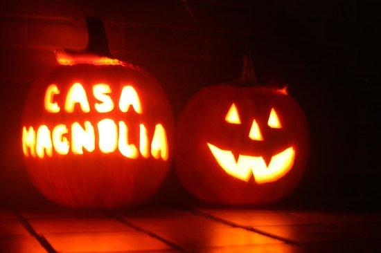 Casa Magnolia Bed & Breakfast: Halloween at Casa Magnolia