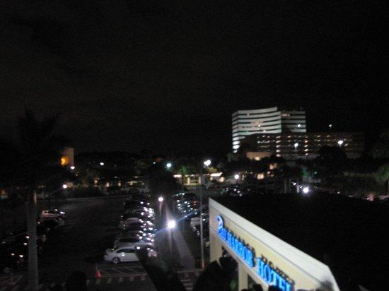 The Godfrey Hotel & Cabanas Tampa: balcony view
