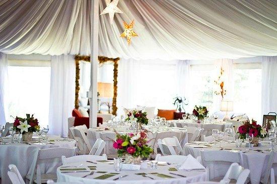 Sooke Harbour House Resort Hotel : Pavillon- Wonderful Weddings