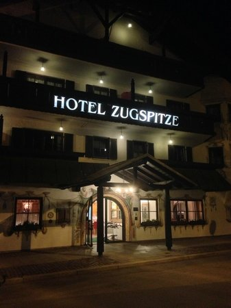 Hotel Zugspitze: Evening of arrival