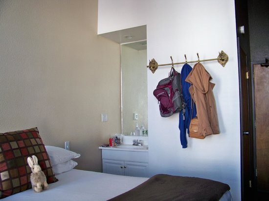 The Metro Hotel : Room 102