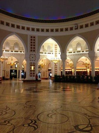 โรงแรมซิตี้แม็กซ์เบอดูไบ: Dubai Mall