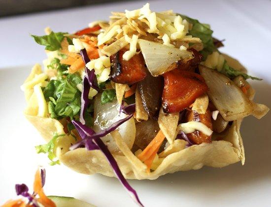 Toro Negro Steak House: Azteca Salad