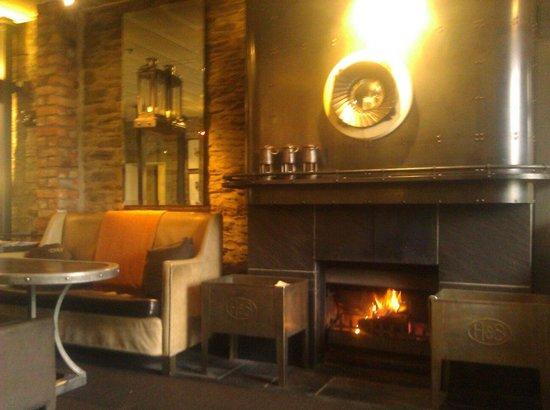 Eichardt's Private Hotel: Bar