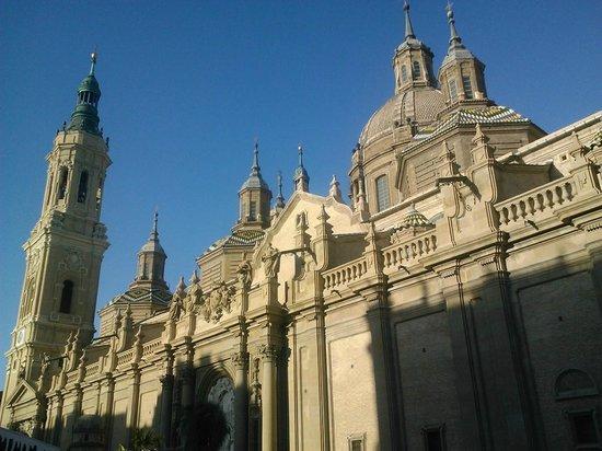 Basilica de Nuestra Senora del Pilar: Señora del Pilar