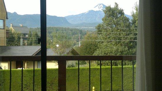 Frontera Pucon Hostel B&B: room view
