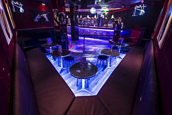 Shambles Karaoke Bar