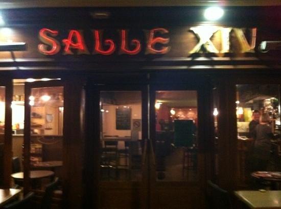 La Grande Brasserie Salle 14: Een onderschrift toevoegen