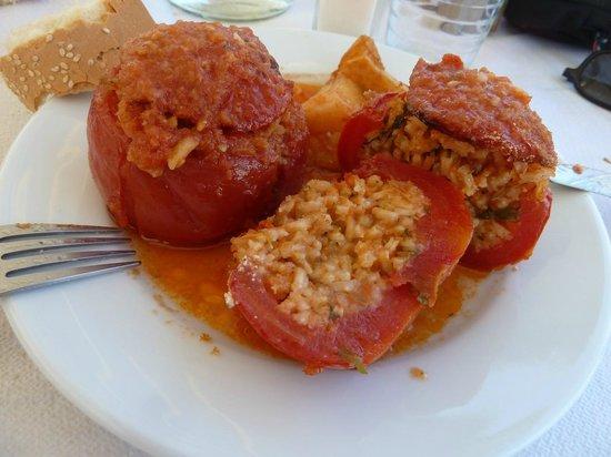 Meropi: tomates farcies