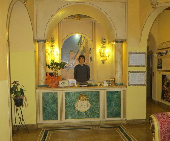 Hotel Palazzo Alexander: Checkin!  See, I told you he was handsome!