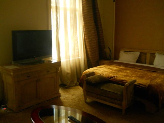 Photo of Hotel Rezime Diamond Belgrade