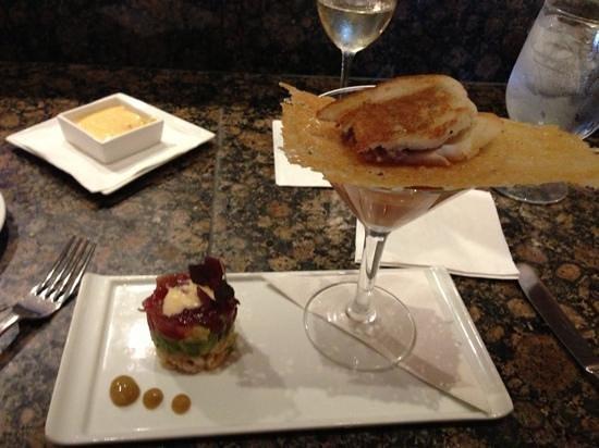 Alan Wong's Restaurant: Fancy first course