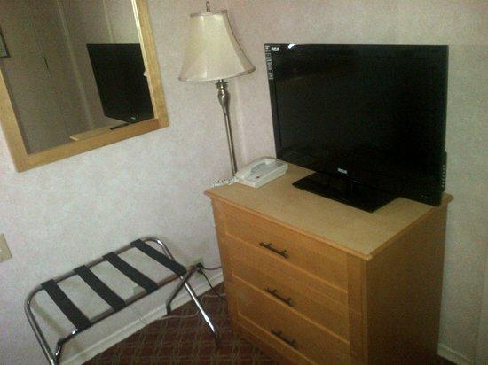 Sword Motor Inn: flat screen
