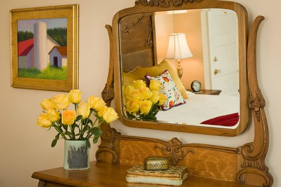 Woodley Park Guest House: Beautifully Decorated Rooms