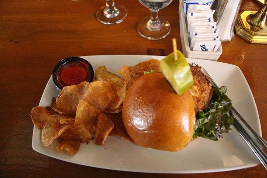 Bill's Seafood Restaurant - Crab Cake sandwich