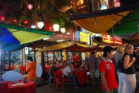 Photo of Restaurant Batu Buruk Food Centre at Town Centre, Kuala Terengganu, Malaysia