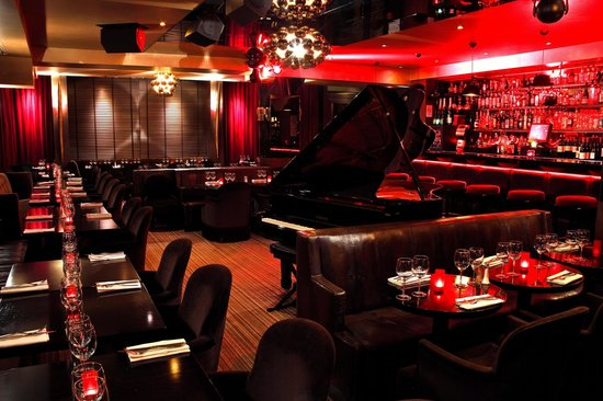 speakeasy piano bar paris picture of le speakeasy restaurant piano club paris tripadvisor. Black Bedroom Furniture Sets. Home Design Ideas