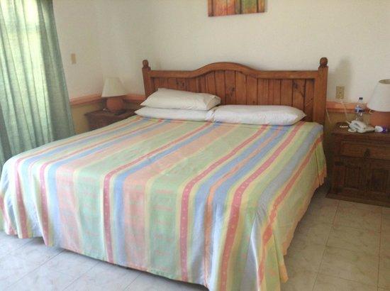 Hotel Vista Caribe: Cama