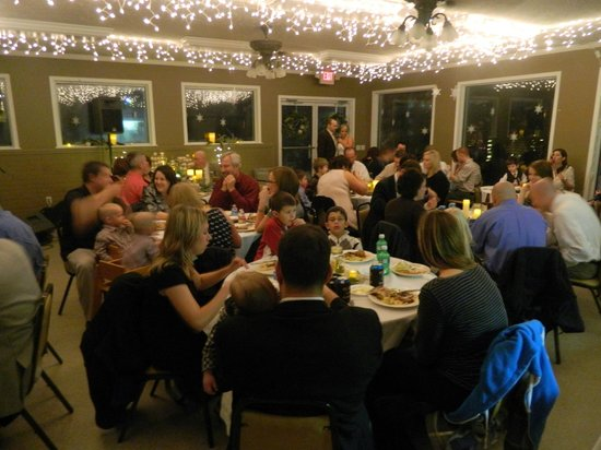 Econo Lodge: Wedding reception in the Chalet
