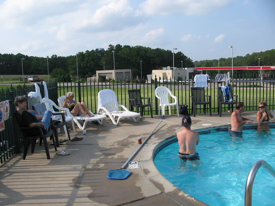 Regency Inn: pool