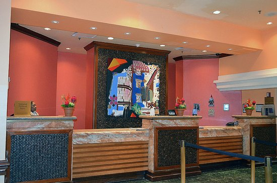 Sheraton Old San Juan Hotel: lobby at hotel