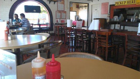 Jack's Bar-B-Q Smokehouse: Dining Room