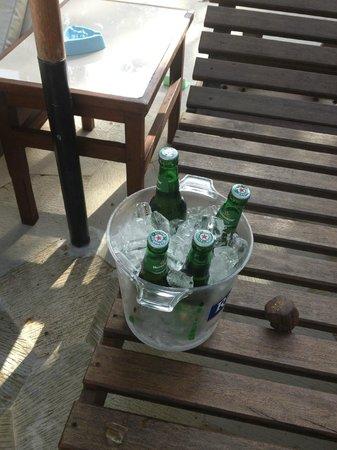 Griya Santrian: cold beer