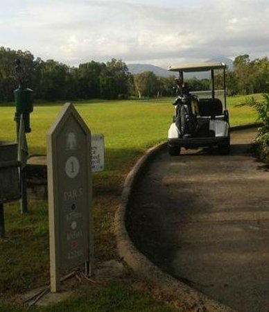Mirage Country Club: First Hole