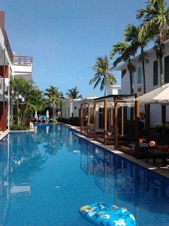 La Flora Resort Patong: プール
